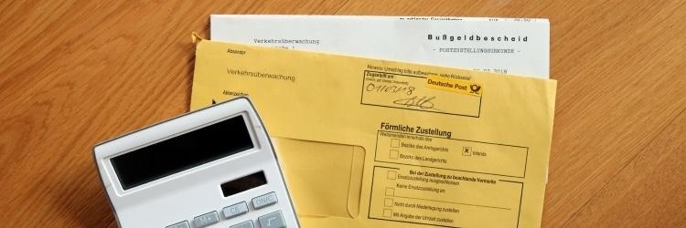 Dem Bußgeldbescheid ist zu entnehmen, welches Bußgeld Sie zahlen müssen.