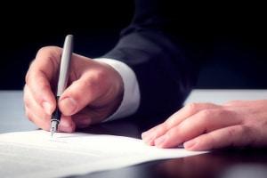 Wenn Sie den Zeugenfragebogen beantworten, sollten Sie besten Wissens und Gewissens ehrlich sein.