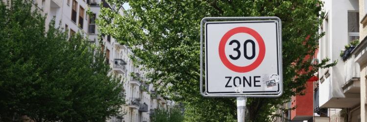Zu schnell gefahren in der 30er-Zone: Was für Sanktionen erwarten Raser?