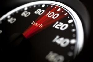 Weil kein Geschwindigkeitsmessgerät perfekt ist, muss Toleranz gewährt werden.