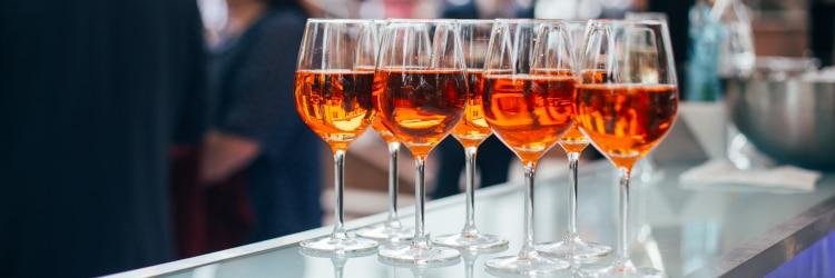 Ein kleines Gläschen wird schon ok sein? Achtung: In der Probezeit ist Alkohol am Steuer absolut tabu.