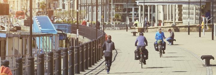 Welche Bußgelder können Fahrrad- und Rollerfahrer bei Verkehrsverstößen drohen?