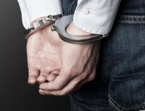 Ab 1,1 Promille liegt eine Straftat vor, die mit einer Geld- oder Haftstrafe geahndet werden kann.